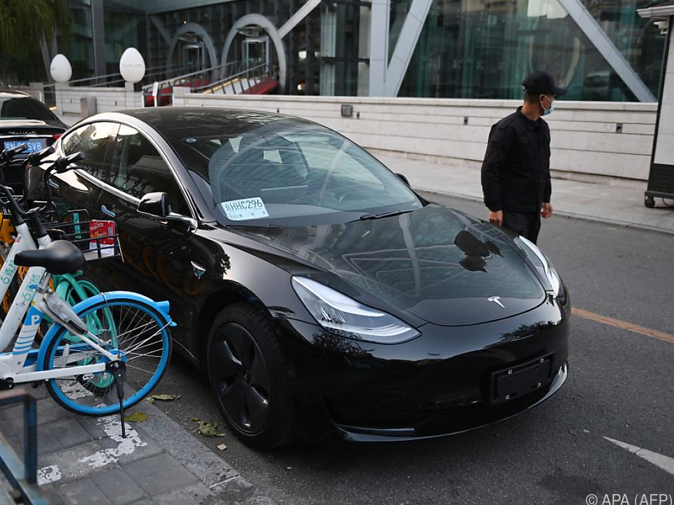 Tesla-Autos dürfen nicht mehr auf chinesisches Militärgelände