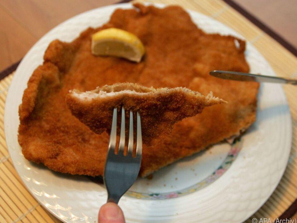 Tierwohl in der Mast ist finanzierbar wiener schnitzel fleisch essen
