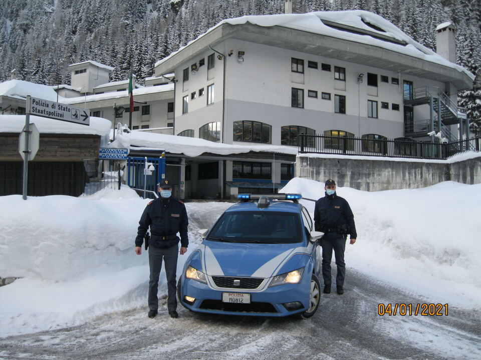 Polizei Winter Brenner Corona