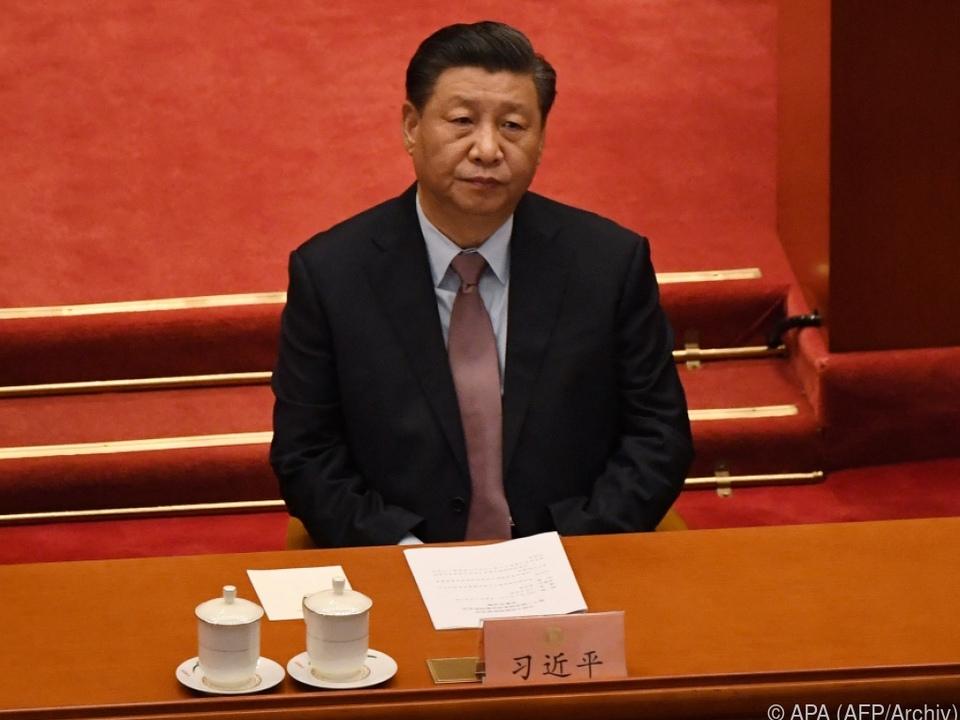 Xi nimmt Hongkong immer härter an die Kandare