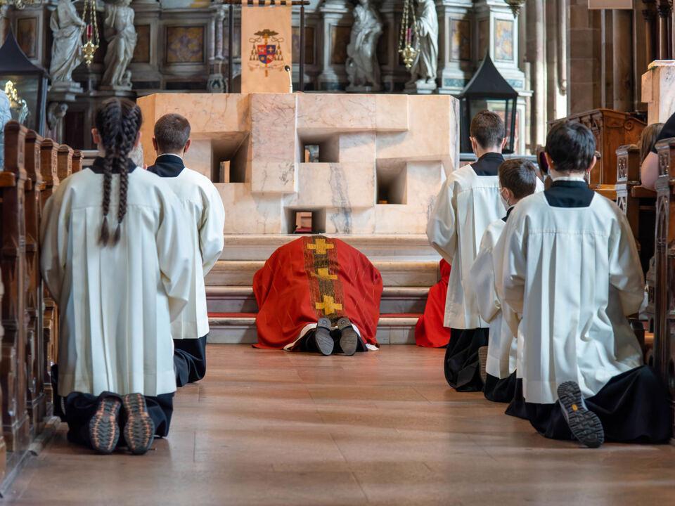 210402 Bischof Muser Karfreitag-1