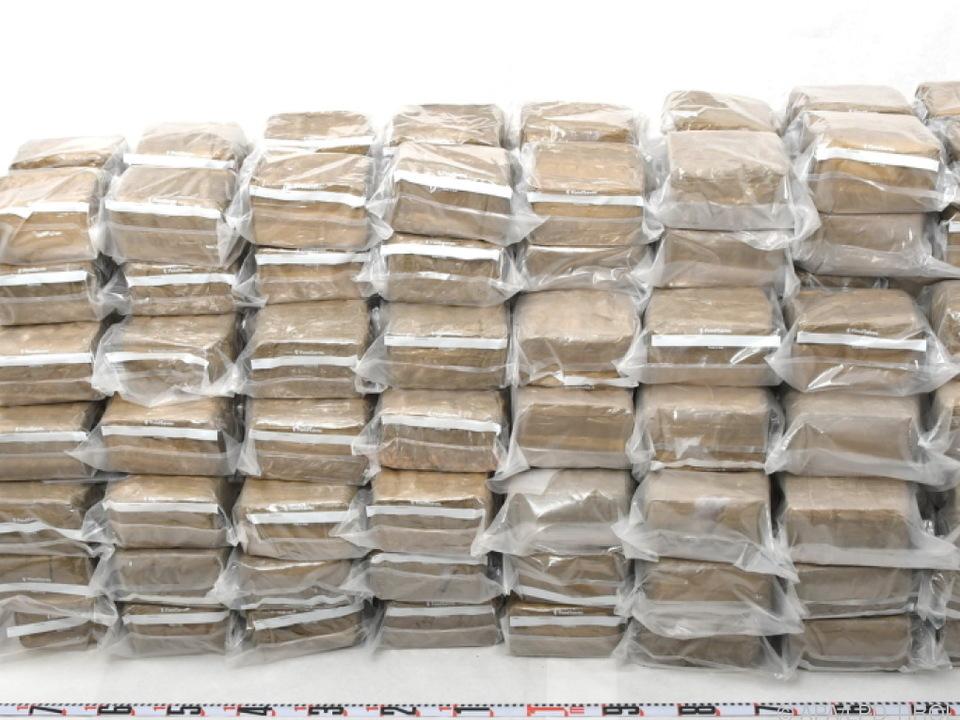 261 Kilogramm Haschisch wurden in einem Lkw in Tirol gefunden