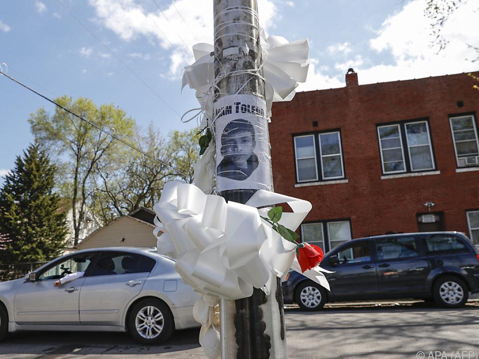 Adam Toledo wurde durch eine Polizeikugel getötet