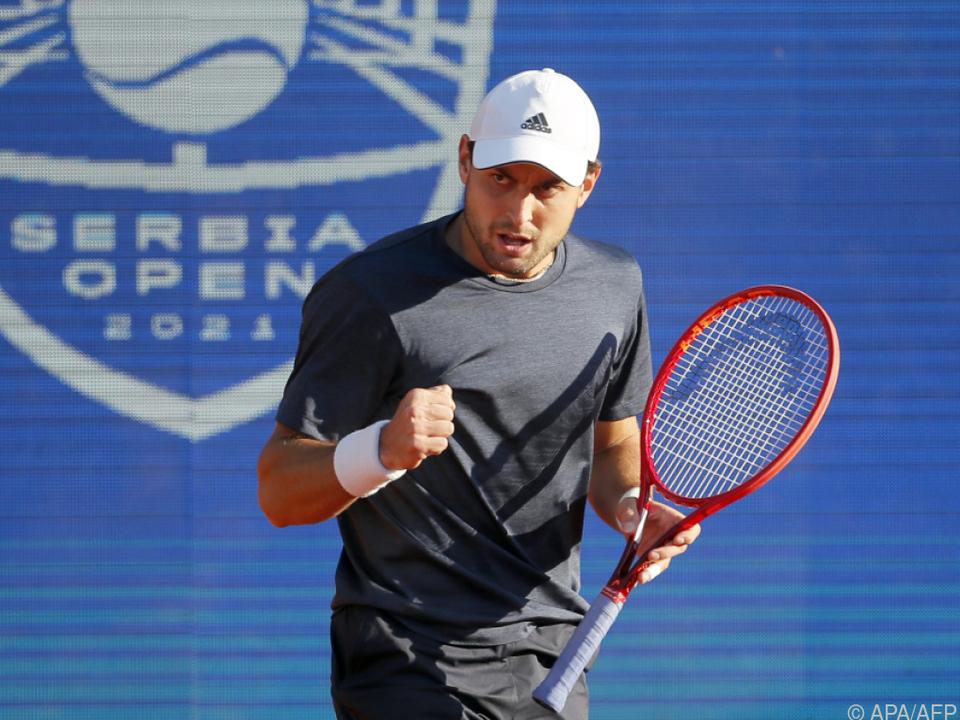 Aslan Karazew zwang Lokalmatador Novak Djokovic in die Knie