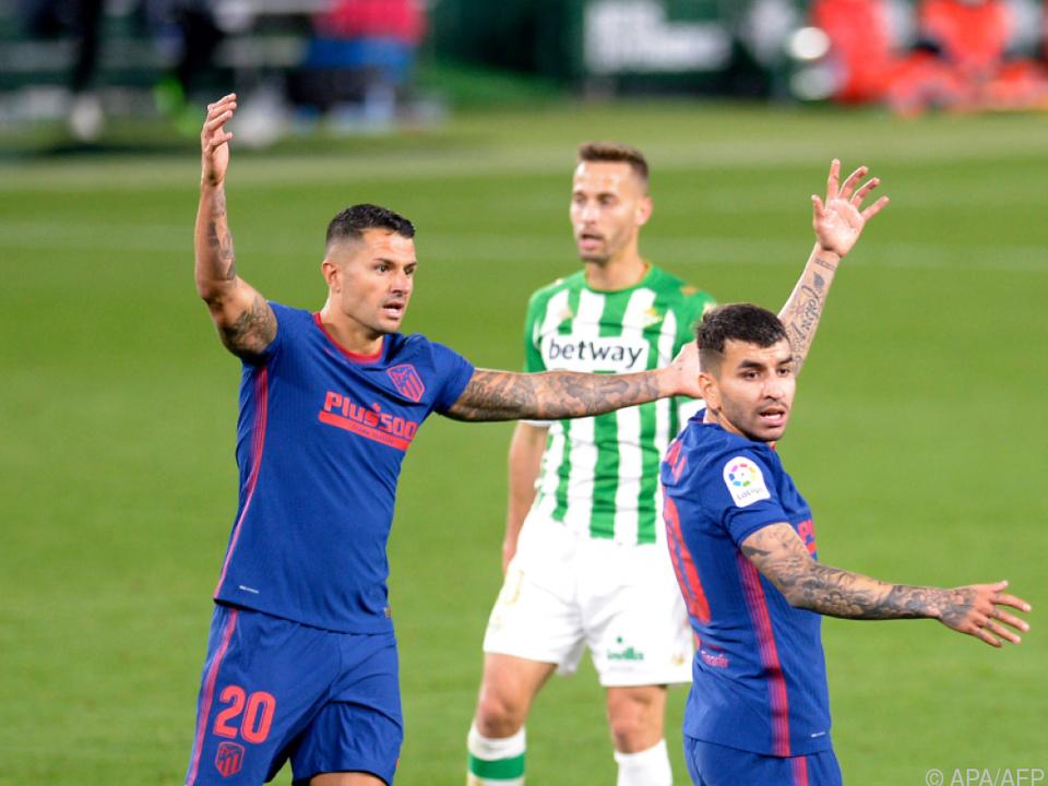 Atletico bei Sevilla nur mit Remis