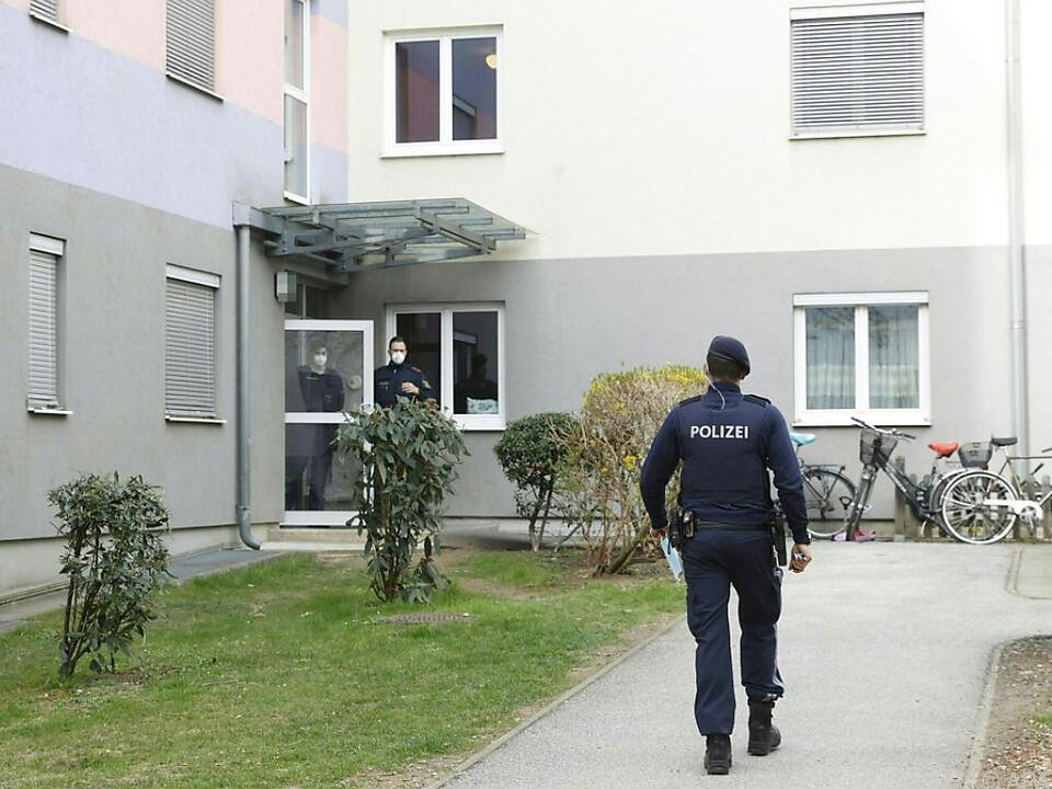 Beamte entdecken Leiche in Grazer Wohnung