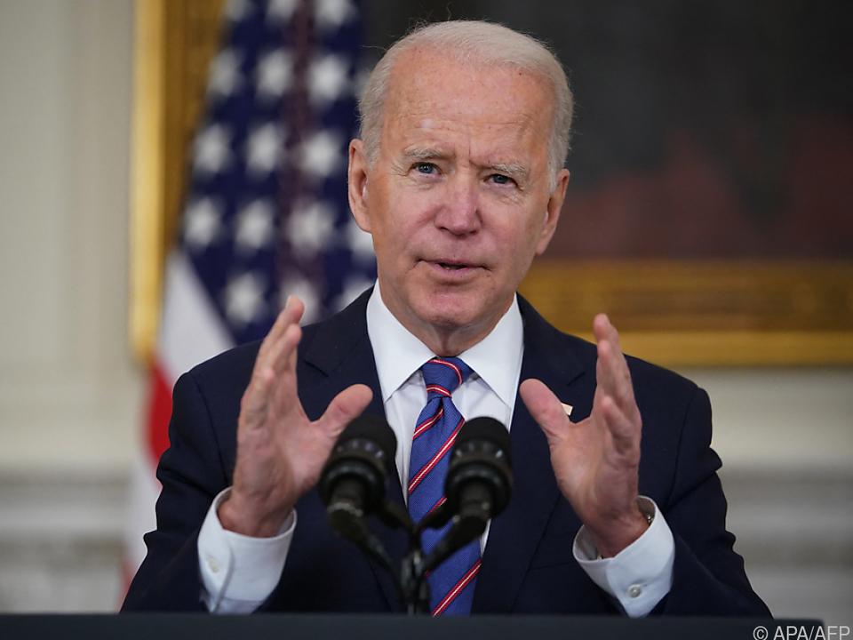 Biden hat mehr als die Hälfte der Amerikaner hinter sich