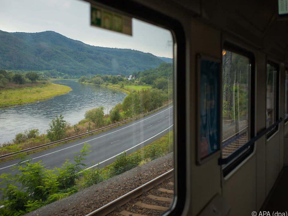 Die Österreicher fahren EU-weit am meisten mit dem Zug