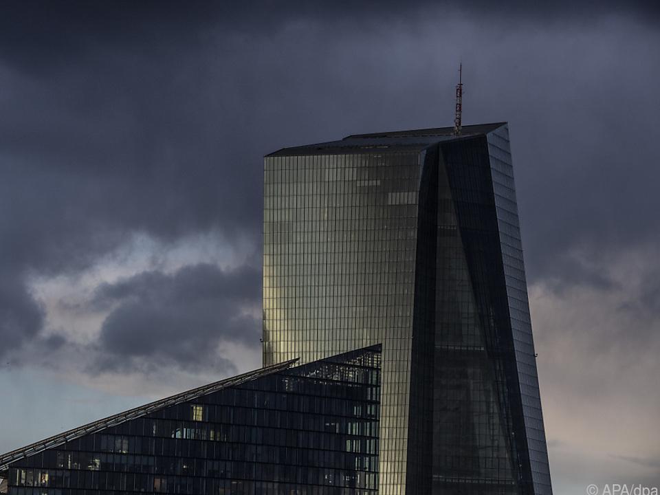 EZB stellte mehr als 5.000 Mängel fest