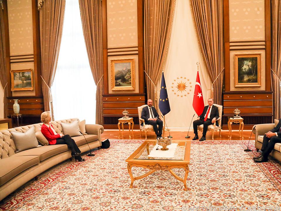 Für von der Leyen stand in Ankara kein Sessel bereit