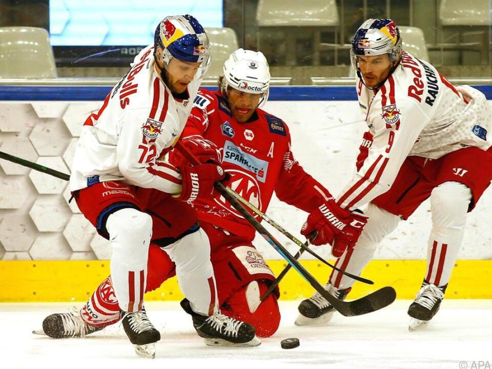 Hundertpfund (m.) traf für den KAC gegen Salzburg im Doppelpack