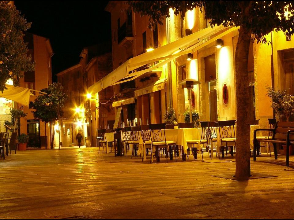 Nacht Lokal Restaurant