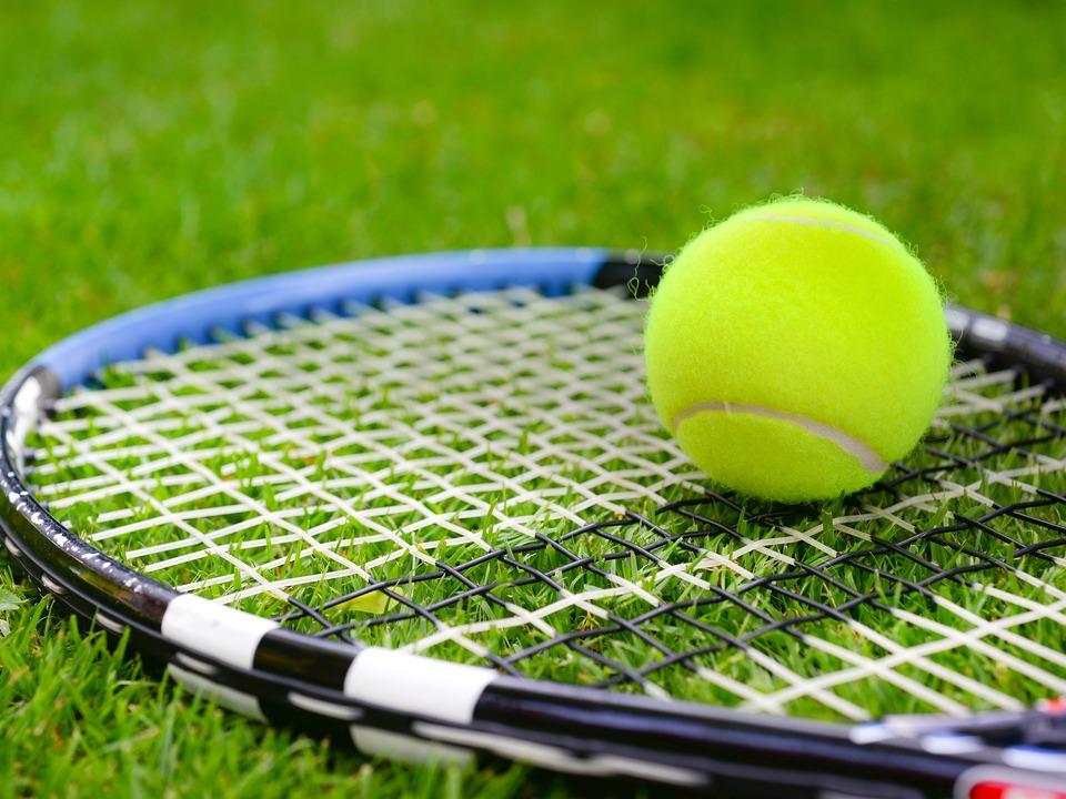 Tennis Gras