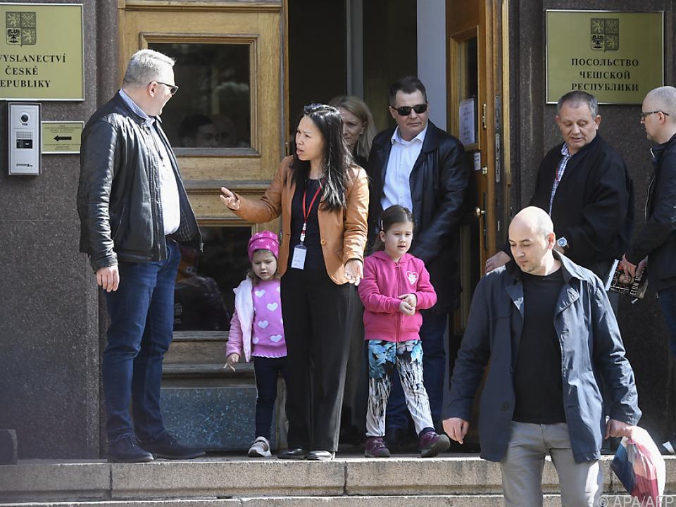 Tschechische Diplomaten samt Familie müssen Moskau verlassen