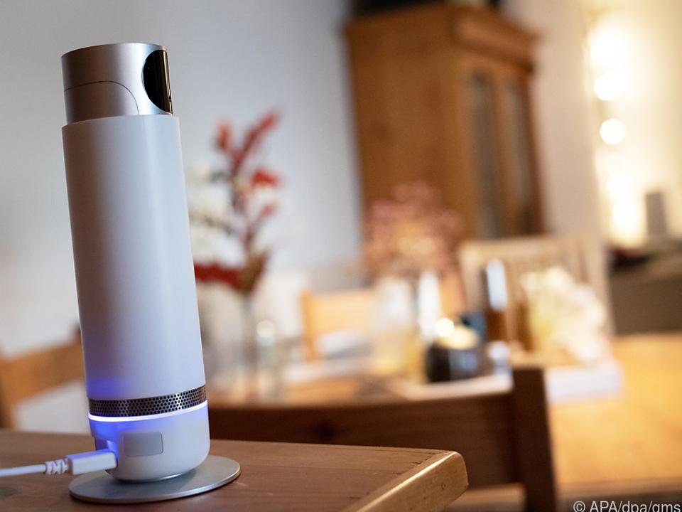 360-Grad-Überwachungskamera, damit auch Abwesenden Zuhause nichts entgeht