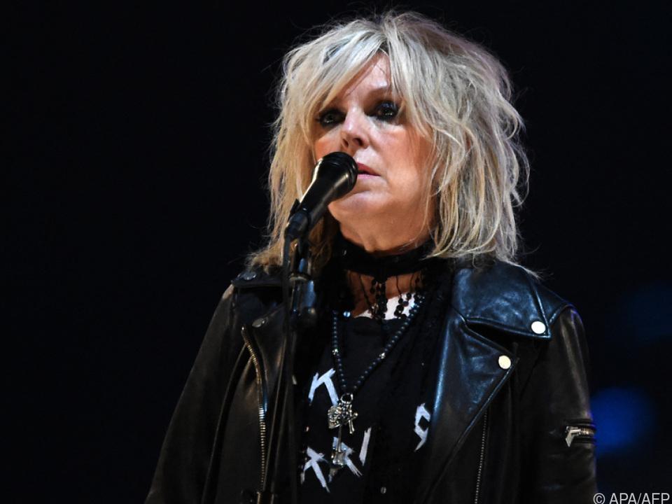 US-Kollegin verbeugt sich vor dem 2017 verstorbenen Singer-Songwriter
