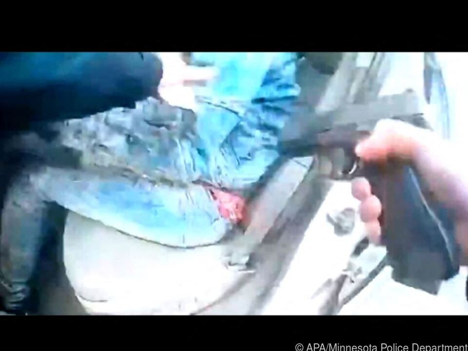 US-Polizistin wegen Totschlags angeklagt - Foto aus Video vom Einsatz
