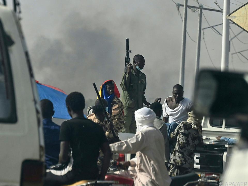 Zusammenstöße der Polizei mit der Opposition in N\'Djamena