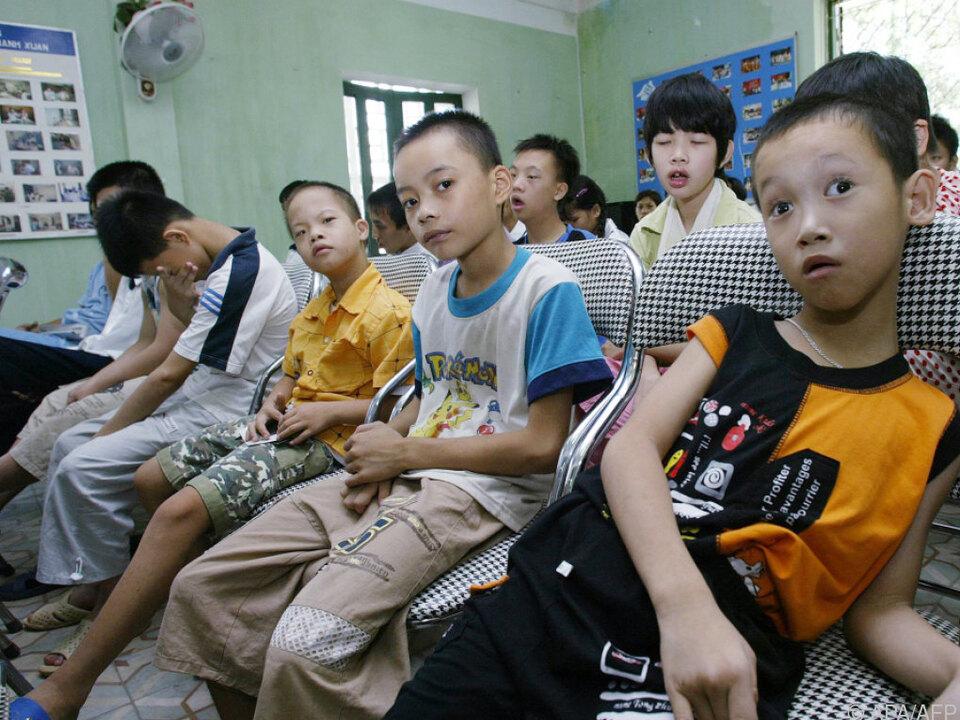150.000 Kinder sind von Folgen des im Krieg eingesetzten Giftes betroffen