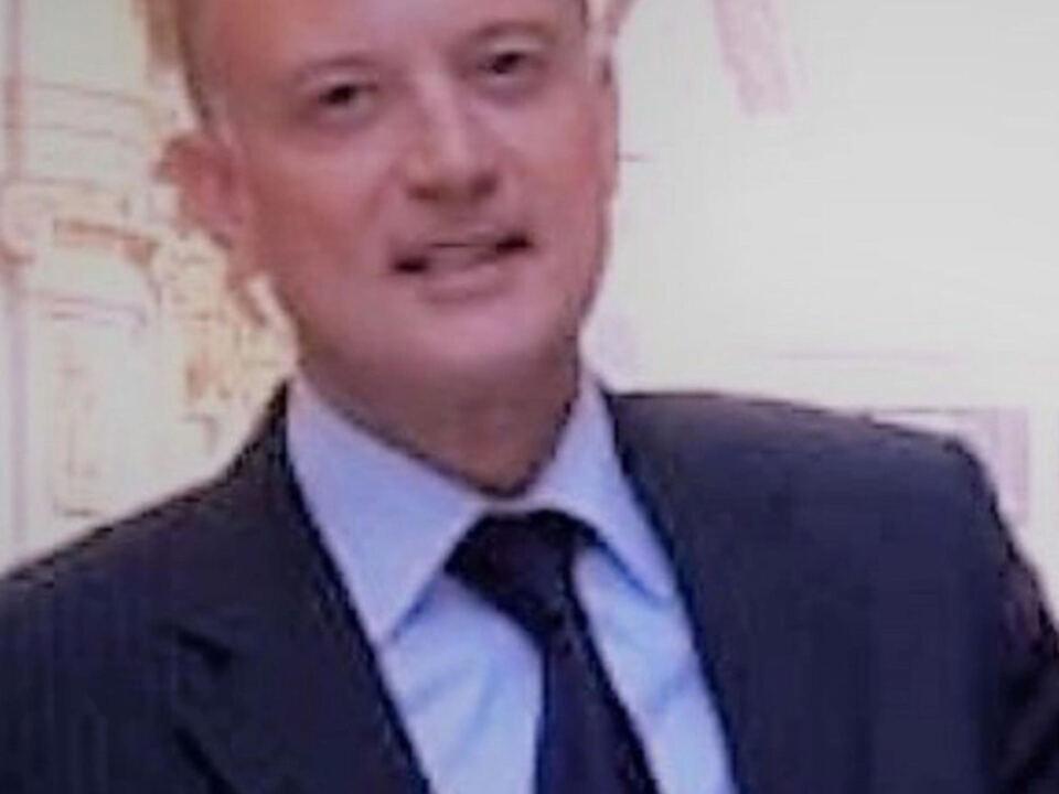 Antonio Di Fazio, l\'industriale farmaceutico arrestato per violenza sessuale ai danni di una studentessa di 21 anni a Milano, in un\'immagine tratta da Linkedin, 22 maggio 2021. athesiadruck2_20210523205827939_72c2effffce4aa06def8d6139c73fa38