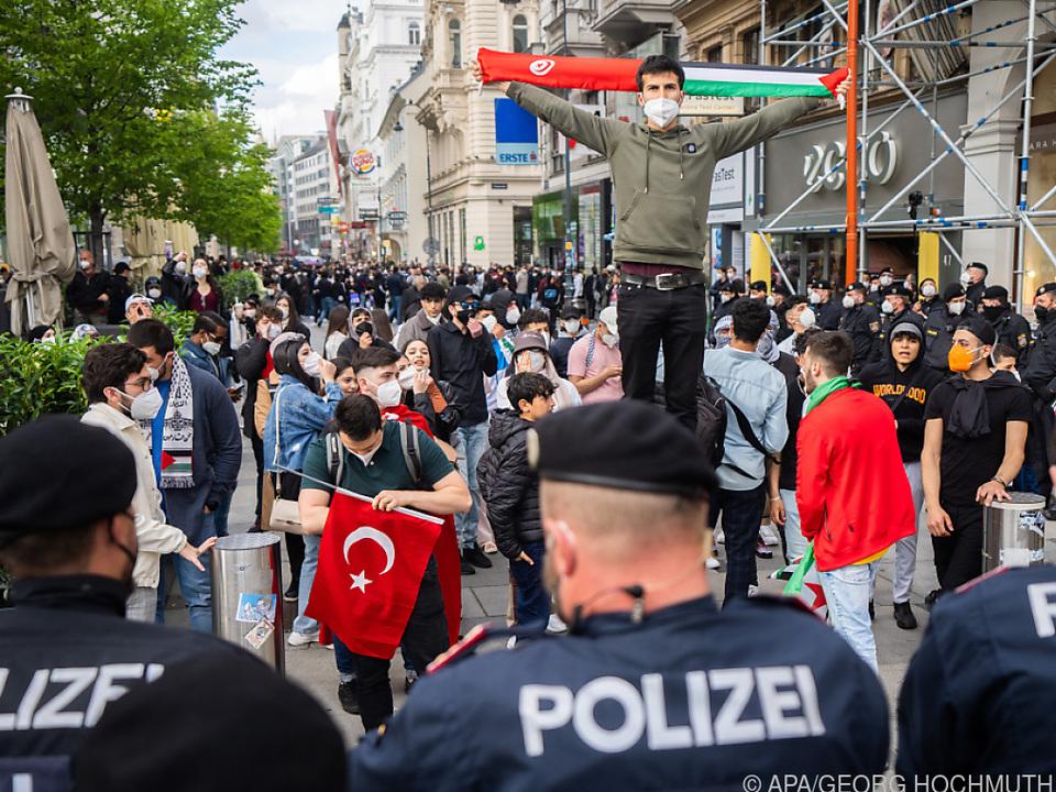 Auch die Kärntner Straße war Schauplatz von Demos