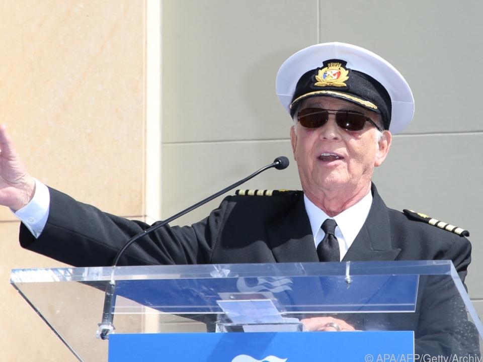Bekannt wurde MacLeod als Kapitän in der Serie \