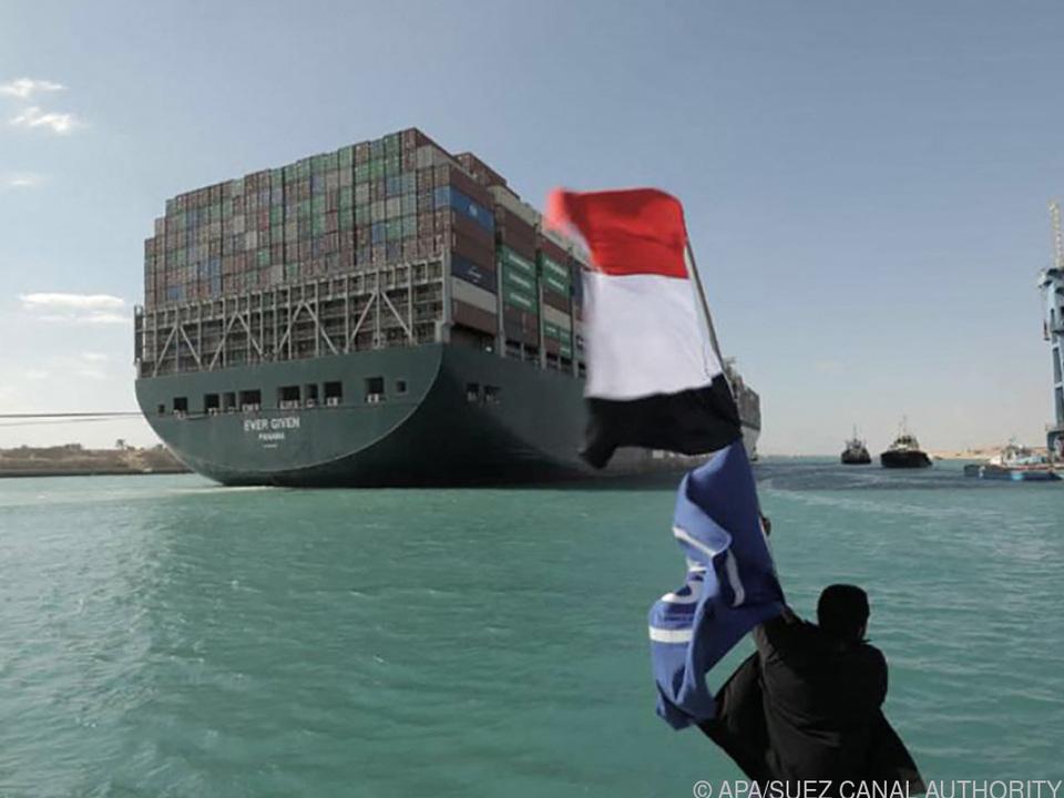 Das Schiff blockierte den Suezkanal