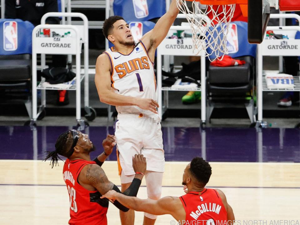 Devin Booker führt Phoenix zum Sieg über Portland