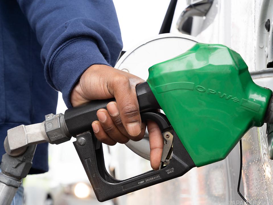 Die Benzinversorgung kommt langsam wieder in Gang