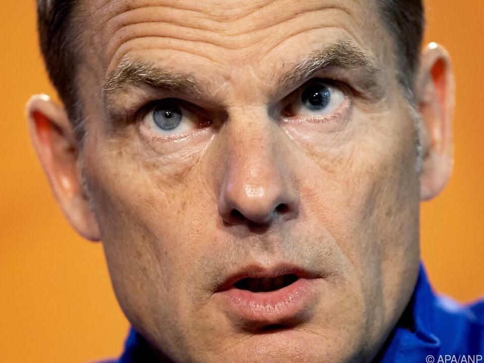 Frank de Boer will den vollen Fokus aufs Sportliche legen