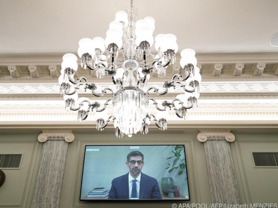 Google-\'Chef Sundar Pichai - Hier spricht er vorm US-Kongress