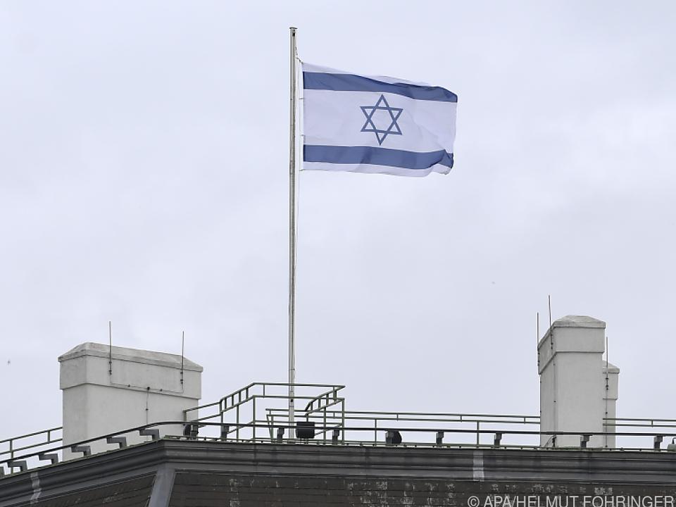 Israel-Fahnen wurden bereits entfernt