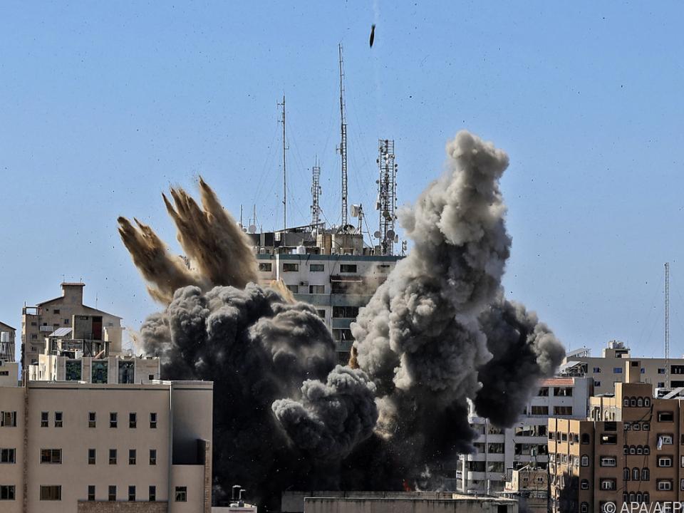 Israelische Luftangriffe auf Gaza
