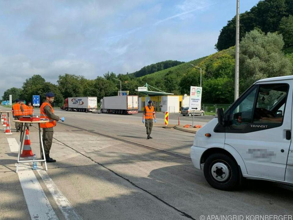 Kontrollen an der österreichischen Grenze (Symbolbild)