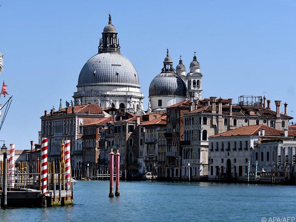 Mit dem Zug bis nach Venedig zum Canale Grande