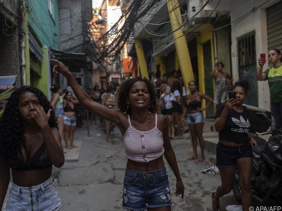 Proteste in der Favela Jacarezinho nach blutigem Polizeieinsatz