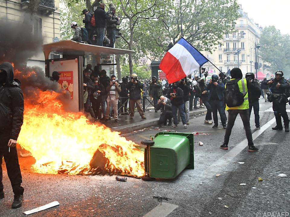 Proteste in Paris zum 1. Mai