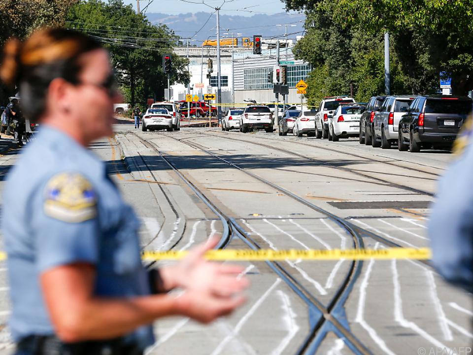 San Jose nach Schüssen mit mehreren Toten bei Zugdepot unter Schock