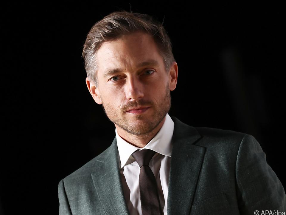 Schauspieler Volker Bruch verteidigt Video-Aktion