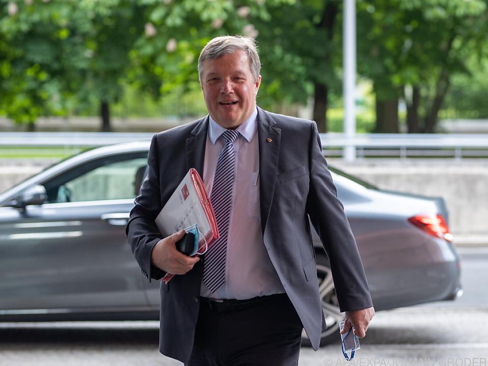 Tirols ÖVP-Gesundheitslandesrat Tilg wirft das Handtuch
