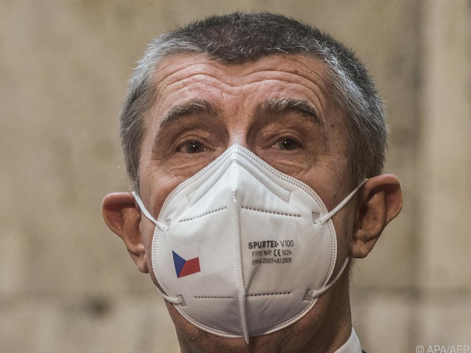 Tschechiens Premier holt sich serbischen Impfturbo
