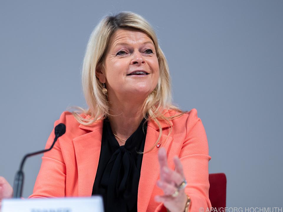 Verteidigungsministerin Tanner berät mit EU-Kollegen