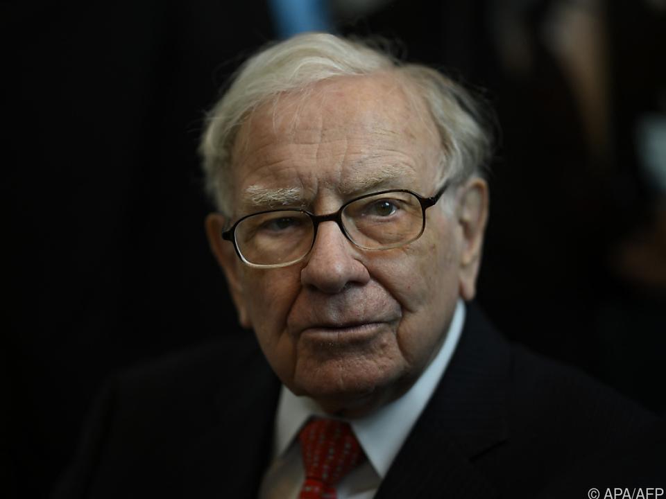 Warren Buffett hortet 145 Mrd. Dollar