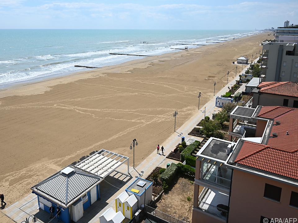 Wegen Corona leerer Strand in Jesolo im vorigen Jahr
