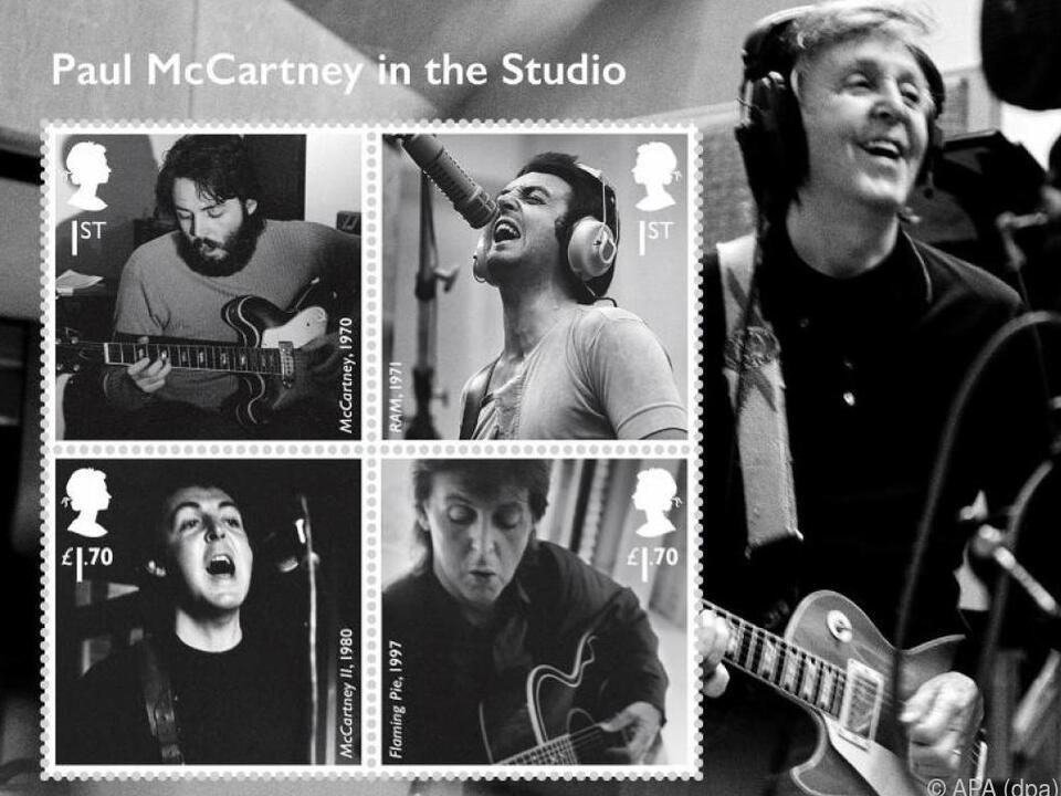 Zu sehen sind mehrere Nummer-Eins-Alben von McCartney