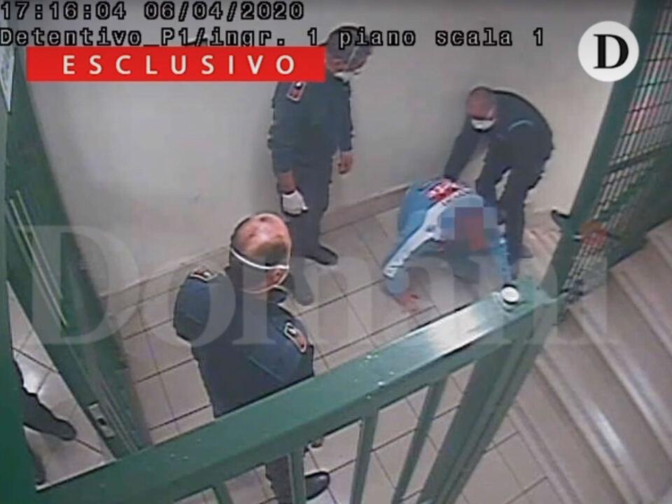 Si respira aria di smarrimento e disillusione tra i poliziotti penitenziari del carcere di Santa Maria Capua Vetere (Caserta) dopo gli arresti e le sospensioni di oltre 50 agenti in servizio proprio all\'istituto casertano, coinvolti nell\'indagine della Procura sui pestaggi nei confronti dei detenuti del reparto Nilo avvenuti il 6 aprile del 2020;, Rom, Gugno 2021. athesiadruck2_20210630205750684_3764d1a36f6f8fd669c73b5b770509da