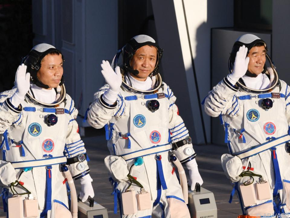 Die Astronauten sollen drei Monate auf der Station bleiben