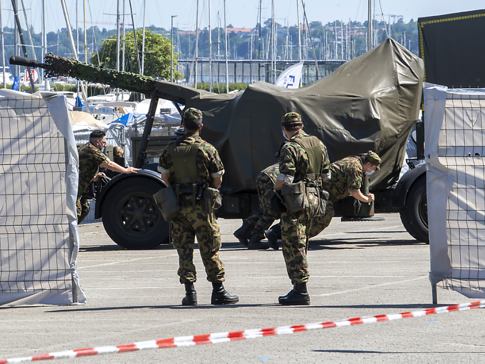 Die Schweizer Armee sichert den Gipfel in Genf
