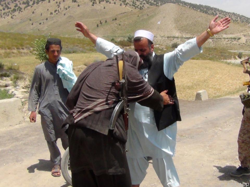 Eine Taliban-Kontrolle in der Provinz Paktia (Archivbild)