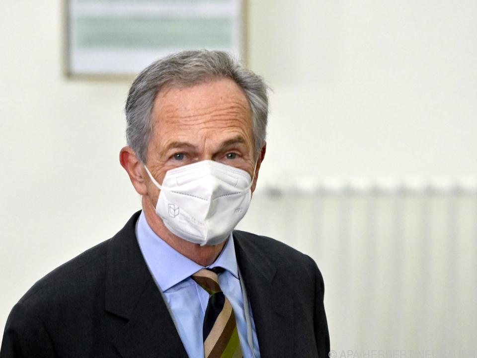 Ex-Banker Treichl im U-Ausschuss